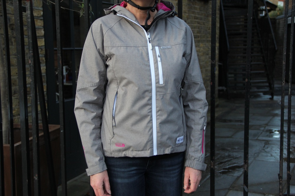 You can wear the Leia Jacket hiking or for spring skiing too.