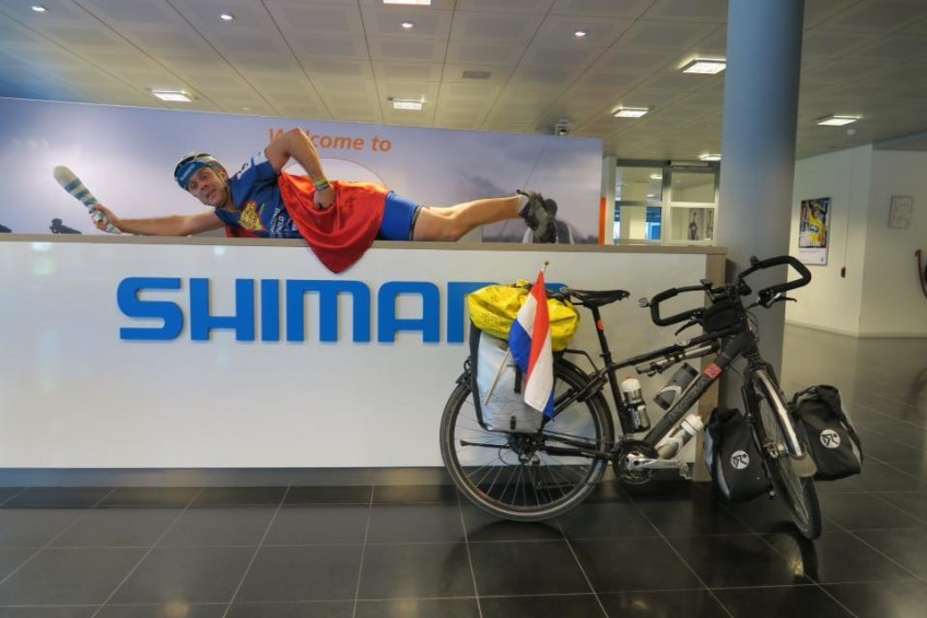 Super Cycling Man visits sponsor Shimano