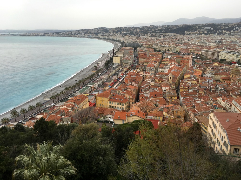 Nice is in a 4km wide plain surrounded by sea and mountains