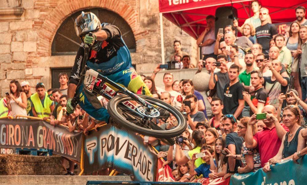 Urban downhill mountain bike event