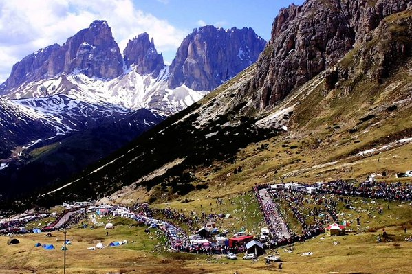 The Dolomites offer some of the toughest climbs of any Grand Tour