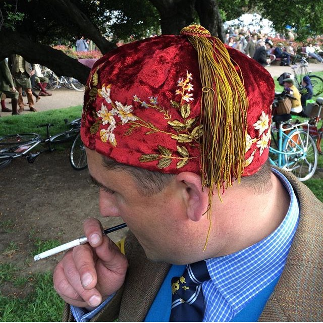 Best Dressed Man at the Tweed Run 2016, complete with cigarette and ebony holder image courtesy of rougeyourknees