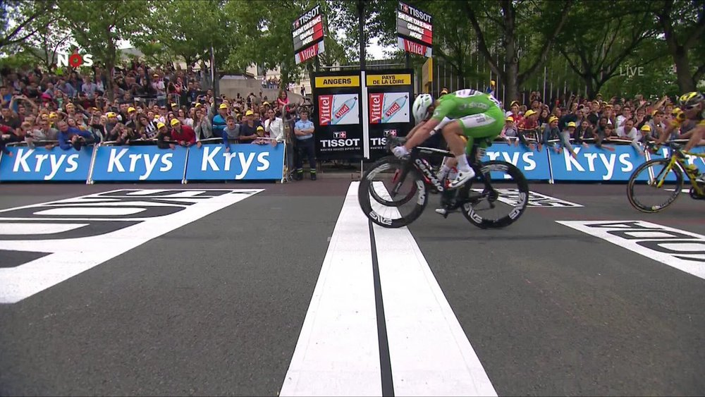 Cavendish demonstrating his aerodynamic riding position pipping Greipel to the post on stage 3