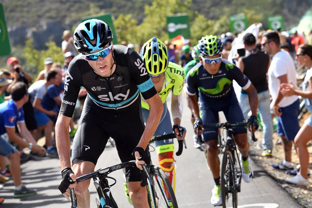 Quintana prepares to overtake Froome