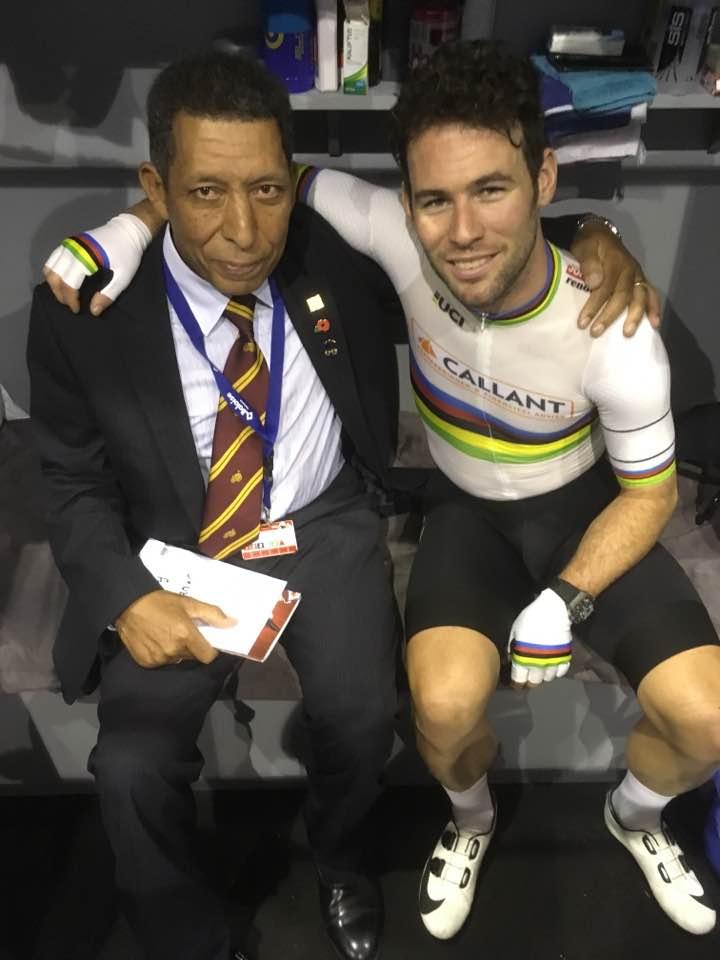 Maurice and Mark Cavendish in the Kuipke velodrome