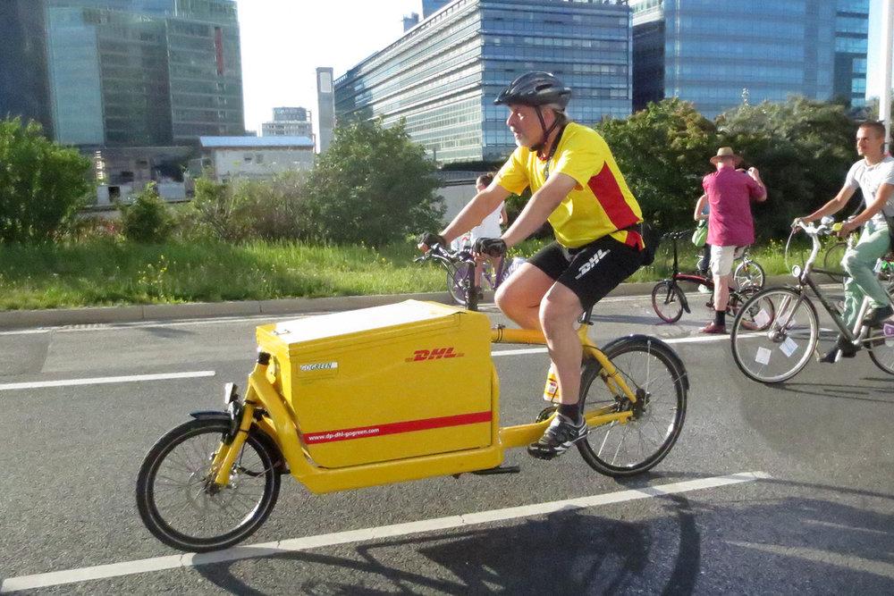 DHL use cargo bikes