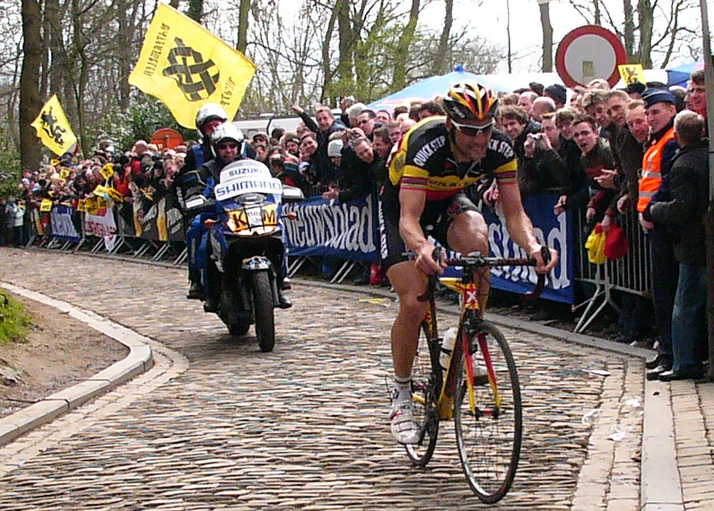 Tom Boonen tackles the Paterberg