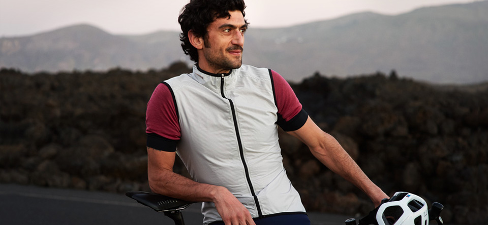 Cafe Du Cycliste  - French chic gilets and jackets