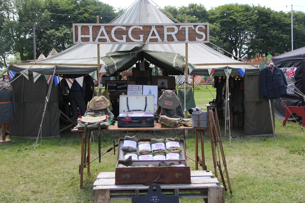 Sexy tweed from Haggarts