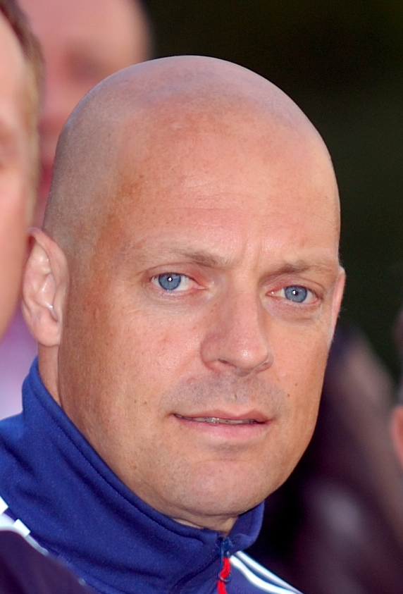 Sir Dave Brailsford  (https://commons.wikimedia.org/w/index.php?curid=5524919)