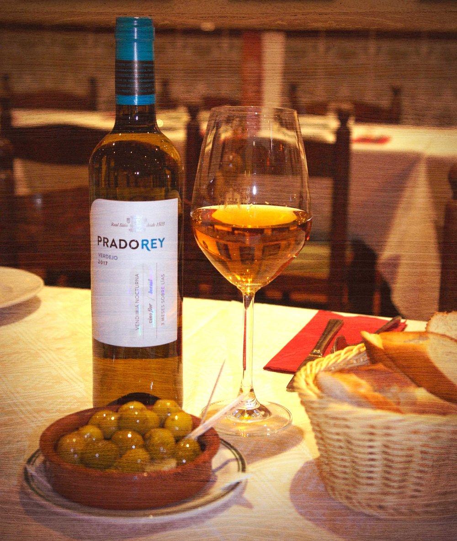 wine_home_casa-lola-tapas.jpg