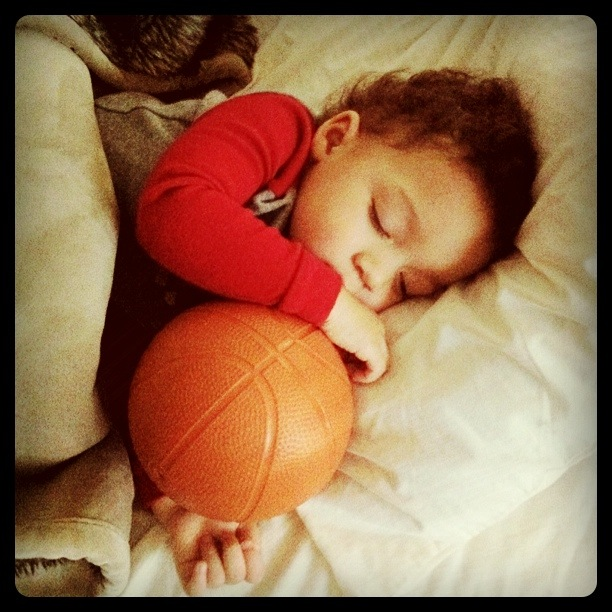 toddler sleep basketball