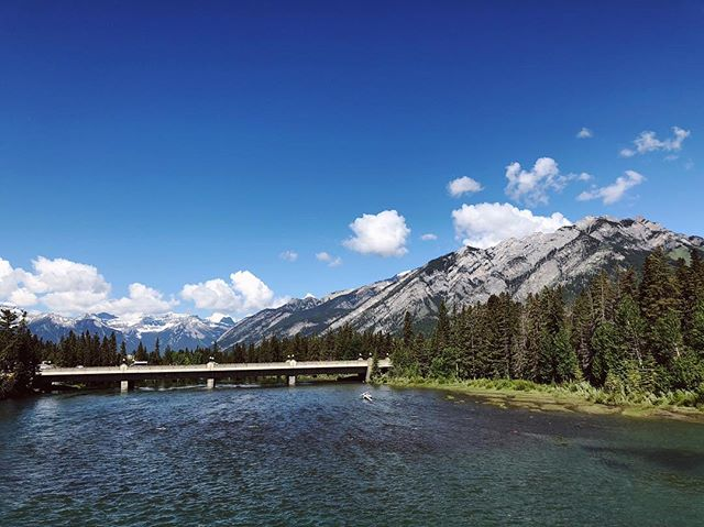 It's been great reconnecting with friends at #engage18. So thankful to be amongst the best and the brightest in the wedding industry for a week of connection and learning.  If you haven't been to Banff, I highly suggest you check it out soon. Breaktaking beauty everywhere you look.