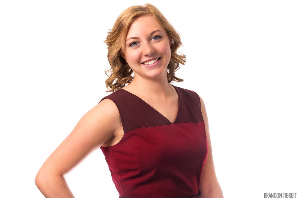 Metlife Corporate Headshot - Chloe