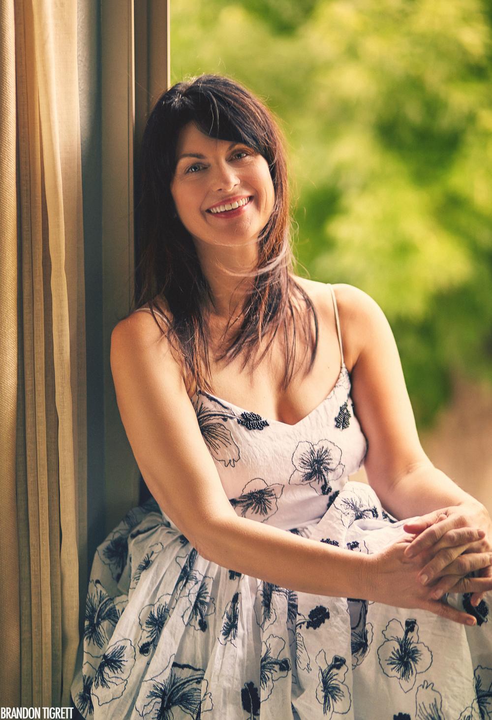 Michelle Kingsley - Author Portraits - Modern Hippie