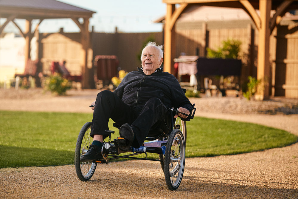 Phoenix Commercial Photographer - Assisted Living Facility Lifestyle Photos