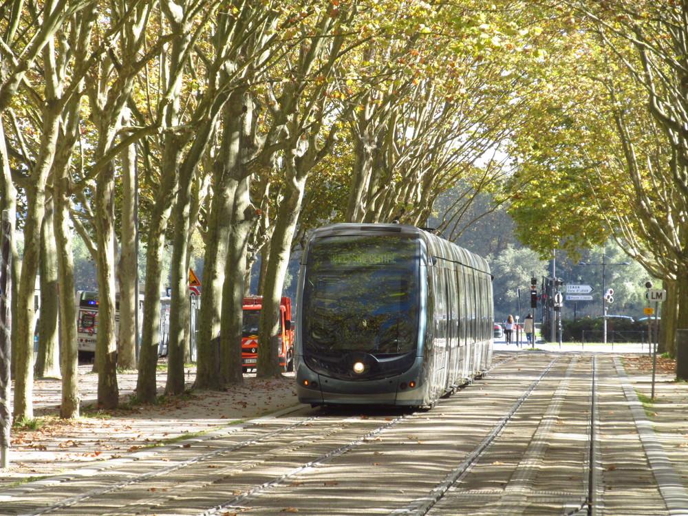 Bordeaux objednalo dalších deset vozů Alstom Citadis. Již nyní je ve městě 105 vozů a Bordeaux patří mezi největší francouzské tramvajové provozy. (foto: Ing. Filip Jiřík)