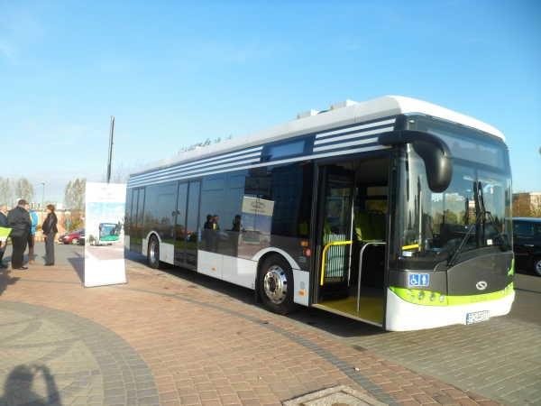 Autobus Solaris Urbino 12 electric během předváděcí akce v říjnu 2014. (foto: MZK w Zielonej Górze)
