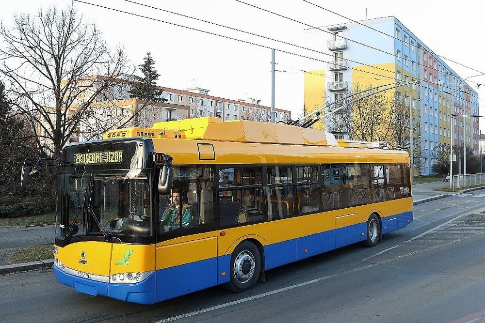 Ve výbavě vozidel nebude chybět ani klimatizace salónu cestujících, kterou Zlín doposud v ČR užívá na trolejbusech jako jediný. (foto: Škoda Electric)