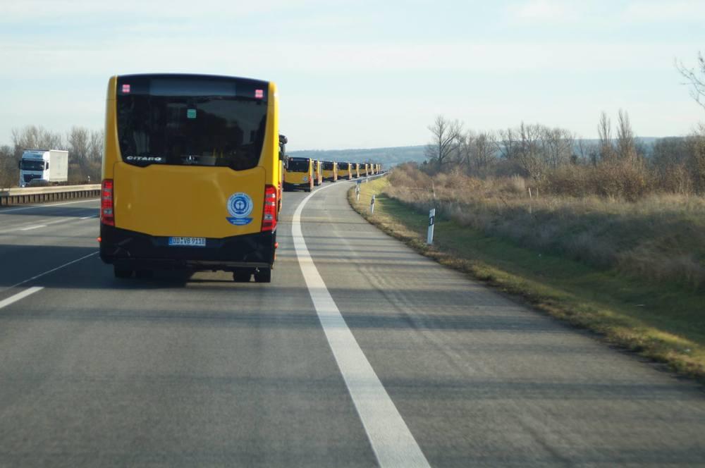 Nové přírůstky flotily DVB AG na dálnici směrem k Drážďanům. (foto: DVB AG)