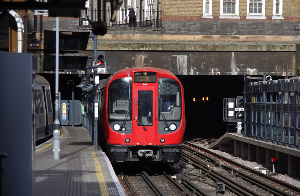 Poslední jednotky pro Londýn dodal Bombardier. (zdroj: Wikipedia.org)