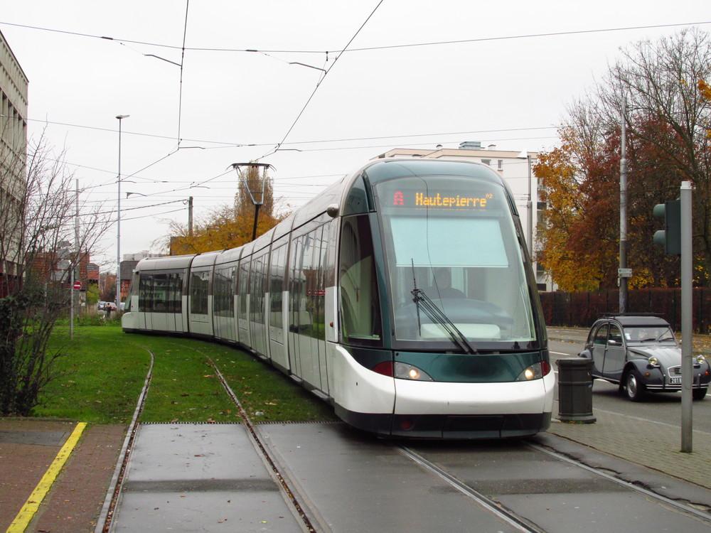 Současné provedení tramvají Alstom Citadis 403. Ve městě je celkem 41 těchto tramvají o délce 45 m. (foto: Ing. Filip Jiřík)