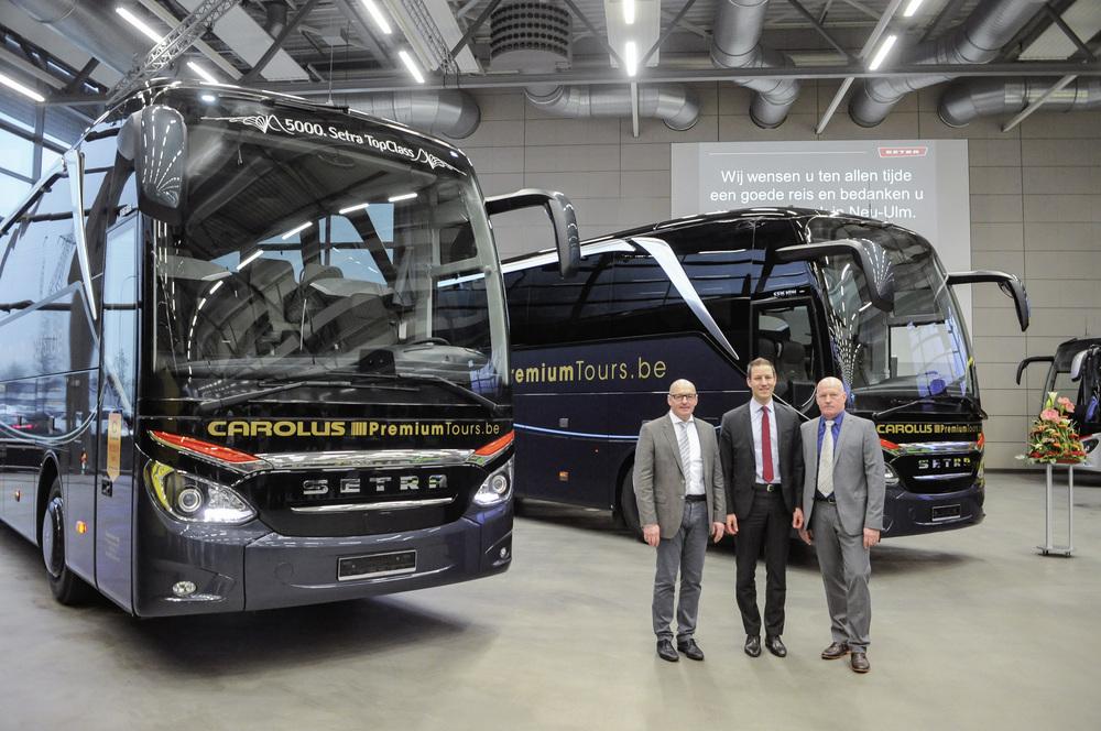 Předání nových autobusů Setra TopClass řady 500 zástupcům belgického dopravce v zákaznickém centru v Novém Ulmu (foto: EvoBus)