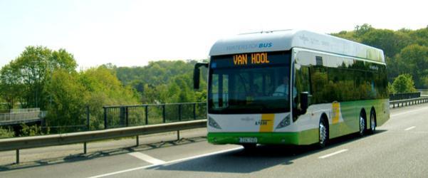 Vodíkový autobus VanHool A330FC. (foto: VanHool)
