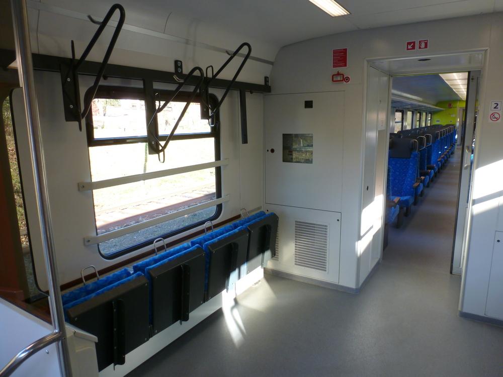 Jednotka disponuje i prostorem na jízdní kola. Během cesty budou mít cestující možnost zakoupit si ve vlaku drobné občerstvení i některé doplňky. (foto: Arriva)