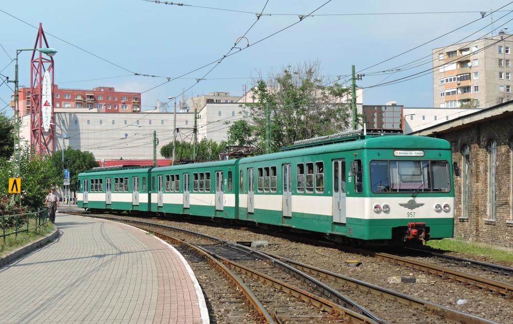Důvodem k převzetí příměstské železnice BHÉV do rukou MÁV je možnost financování nových jednotek skrze fondy EU: (foto: Daniel Košťál)