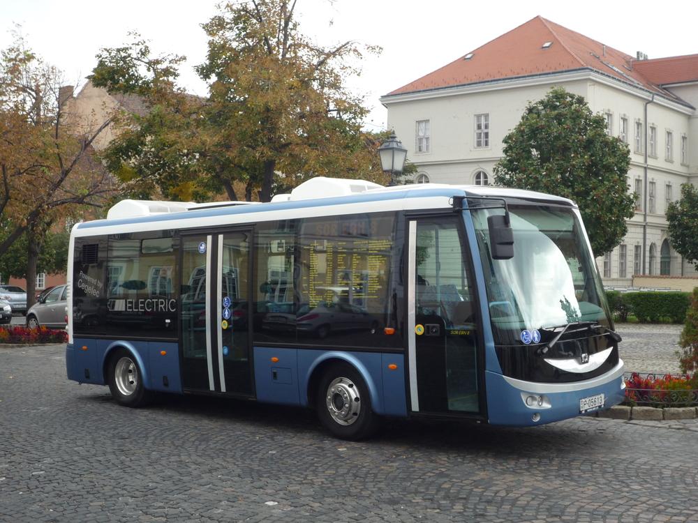 SOR EBN 8 na ilustrační fotografii. (zdroj: Arriva Výcodní Čechy)