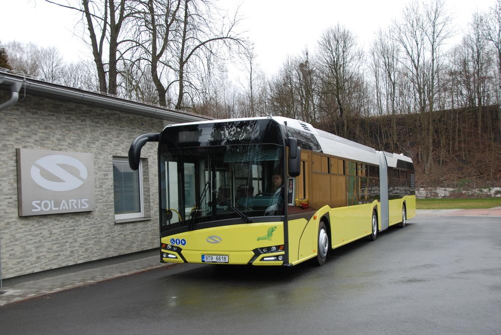 Autobus v areálu společnosti Solaris CZECH. (foto: Libor Hinčica)