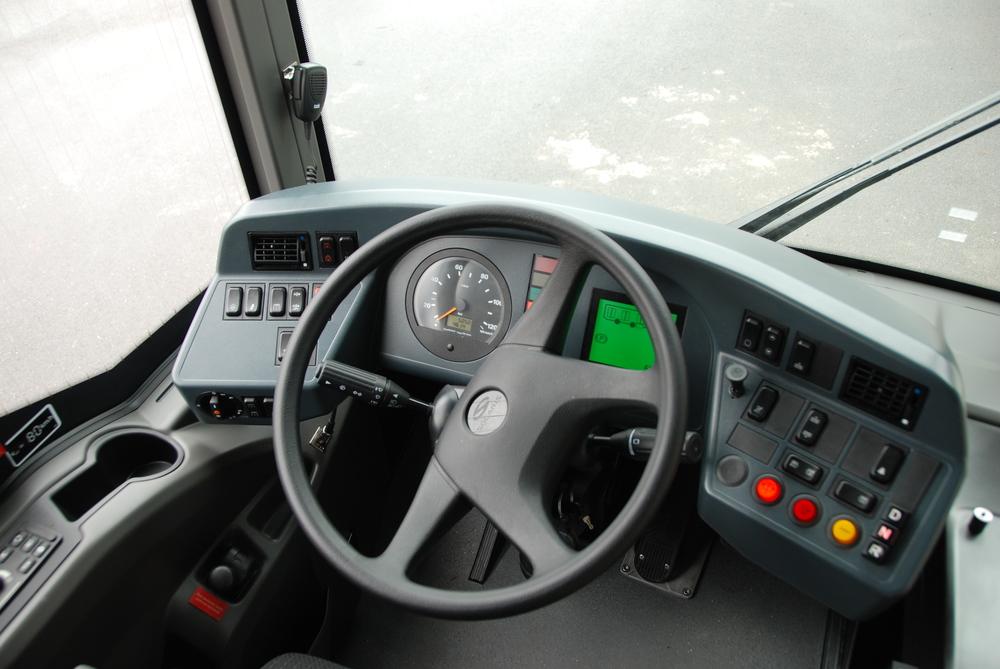 Pohled na stanoviště řidiče autobusu. (foto: Libor Hinčica)