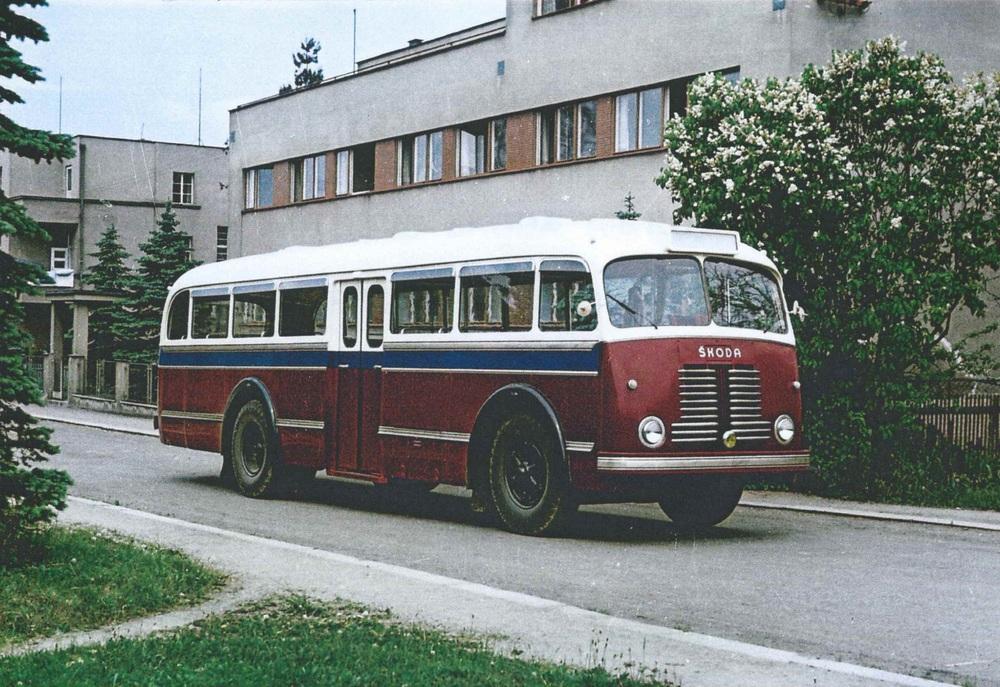 Autobus Škoda 706 RO v provedení pro egyptskou Gazu. (sbírka: archiv Iveco Czech Republic)