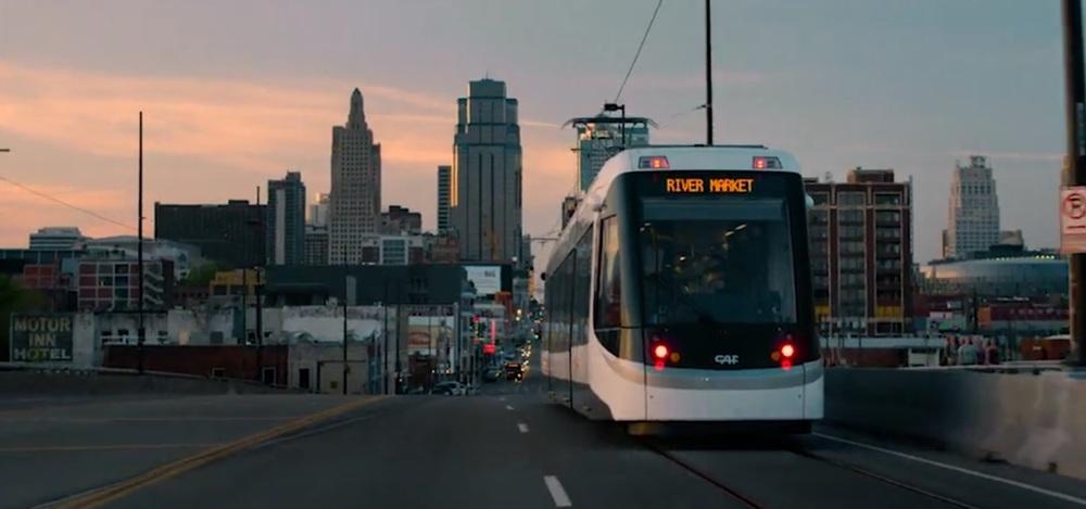 Tramvaj CAF Urbos 3 v americkém Kansas City. (zdroj: KC Streetcar)
