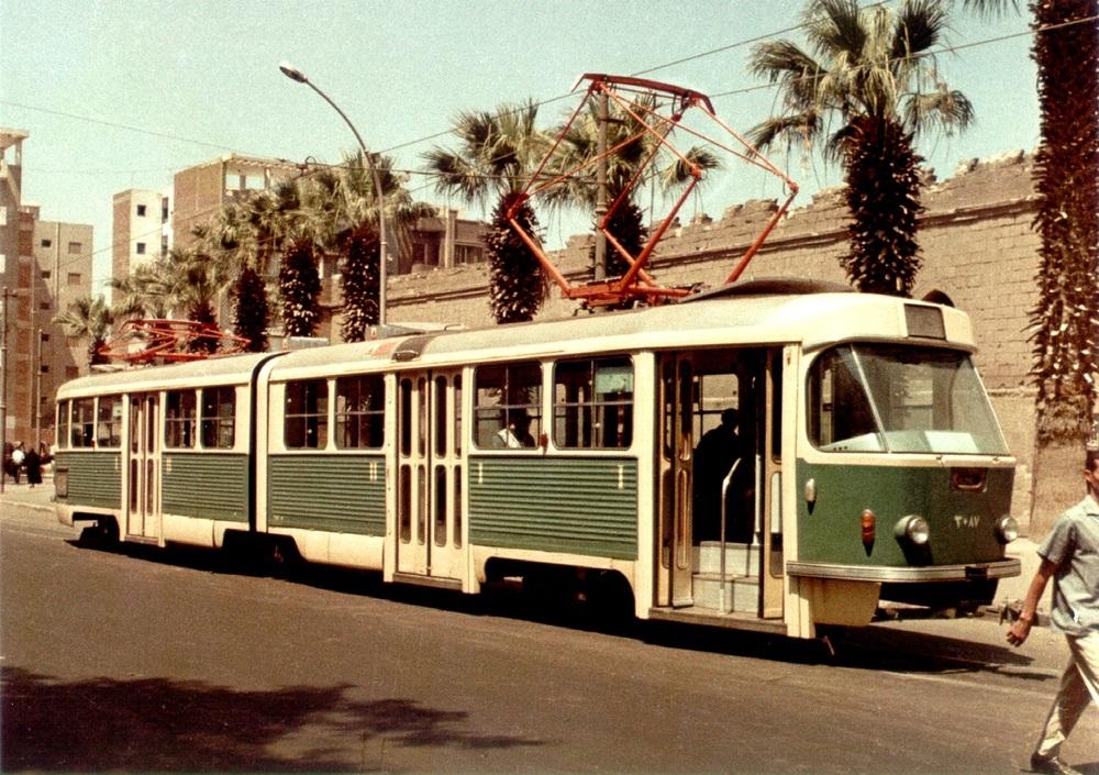 V Káhiře v minulosti sloužily i československé tramvaje K5. Dodáno jich sem bylo 200 ks. (sbírka: Libor Hinčica)