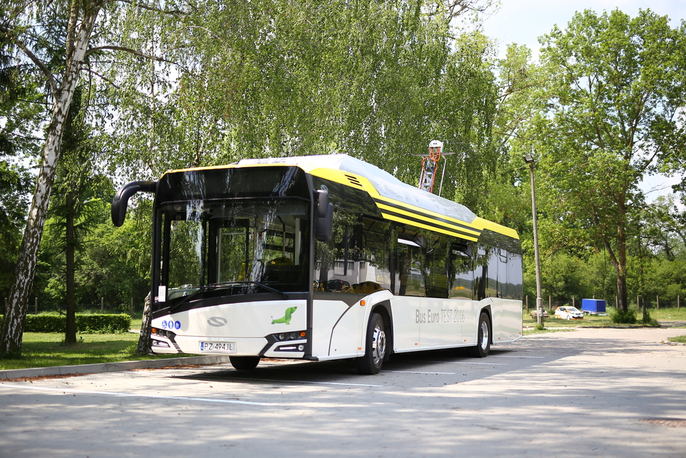 Testovací elektrobus se bude ucházet o titul Bus of the Year 2017. (foto: Solaris Bus & Coach)