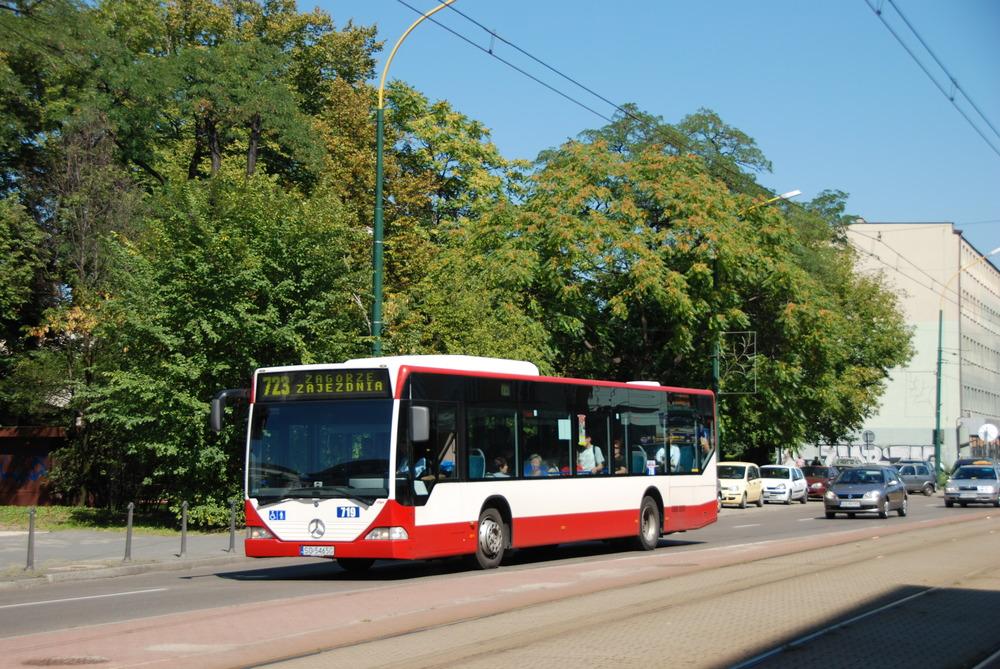 Jednou z úspěšných firem v tendru pro Sosnowiec je i EvoBus, který už v minulosti autobusy do Sosnowce dodával. Nyní by měl dodat do města i deset vozů Conecto G. (foto: Libor Hinčica)