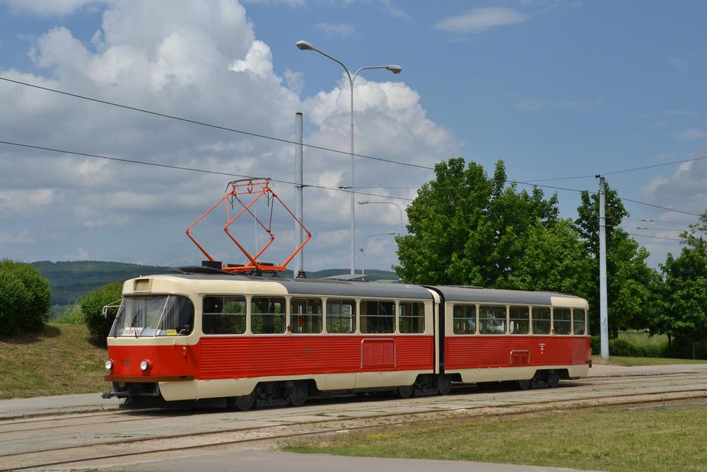 Tramvaj K2 ev. č. 1123 po provedené rekonstrukci. (foto: Ing. Jiří Černý)