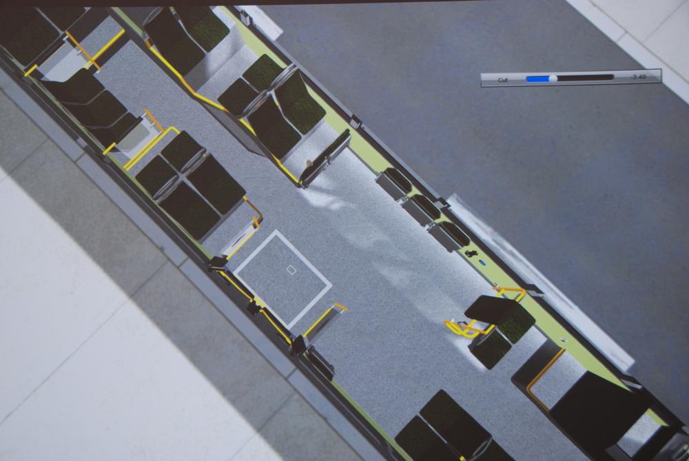 ...nebo raději preferujete větší plošinu pro stojící pasažéry? (foto: Libor Hinčica)