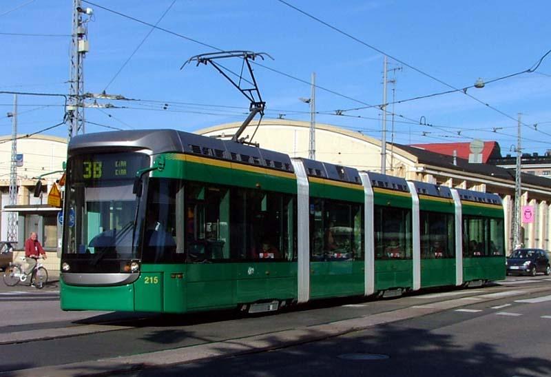 Helsinky jsou jediným finským tramvajovým provozem. Na snímku je vůz Bombardier Variotram z 40kusové série pořízené v letech 1998-2003. (zdroj: Wikipedia.org)