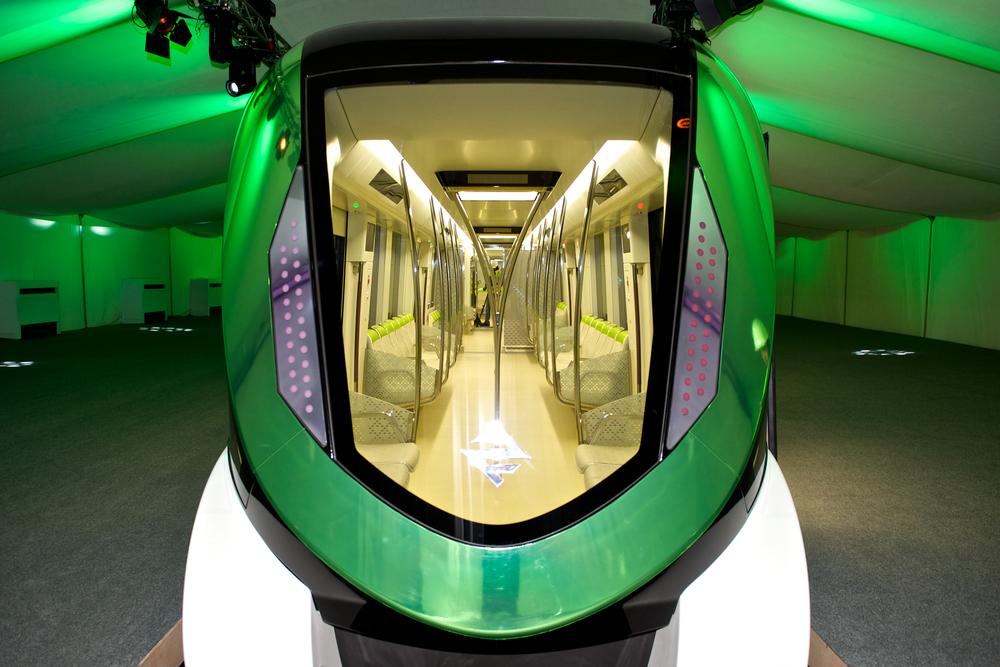 Netradiční designové řešení čela vozu metra od Alstomu pro saúdskoarabský Rijád. (foto: Alstom)