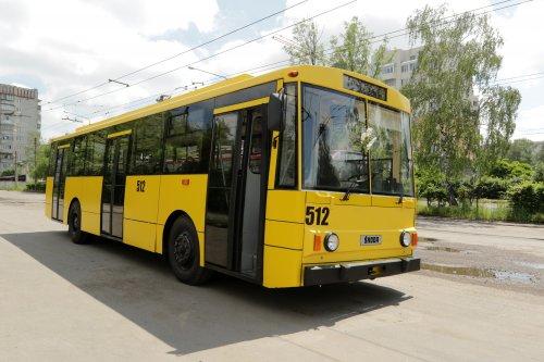 Pohled na modernizovaný trolejbus Škoda 14 Tr02/06. (zdroj a foto: www.zaxid.net)
