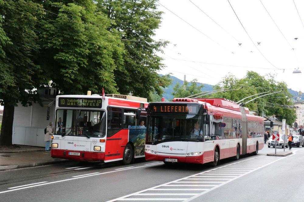 Ve vozovém parku byly nejstarší vysokopodlažní trolejbusy nahrazovány v posledních letech nízkopodlažními vozy Solaris Trollino 18 AC. (foto: Mattis Schindler)