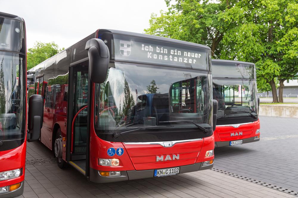 Nové přívěsy dodala švýcarská firma HESS. Soupravy tvoří s autobusy MAN Lion's City. (foto: MAN Truck & Bus)