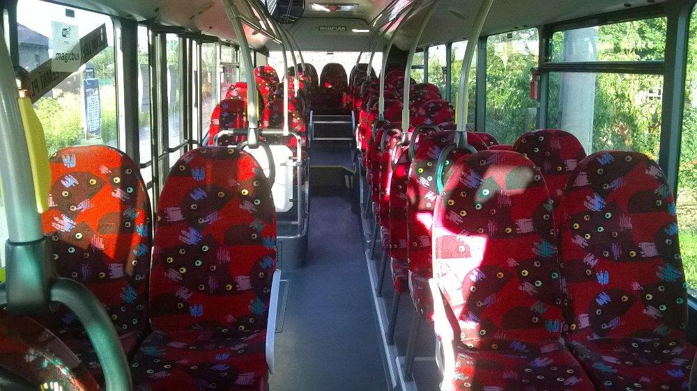 Pohled do interiéru autobusu Neoplan N4416 CNG, který byl nasazován na linky MHD v Kroměříži. (foto: Magic Bus)