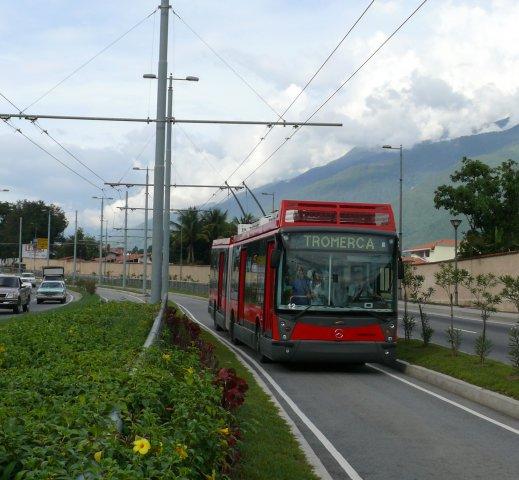 Trolejbusové BRT systémy jsou ve světě unikátem, v Méridě však už možná budou vyhrazené pruhy sloužit jen autobusům. (foto: TROMERCA)