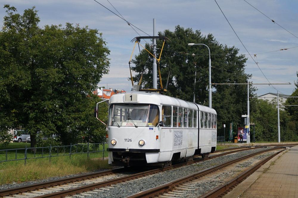 Poslední cedulová tramvaj K2YU ev. č. 1126 při své poslední symbolické jízdě. (foto: Jakub Svoboda)