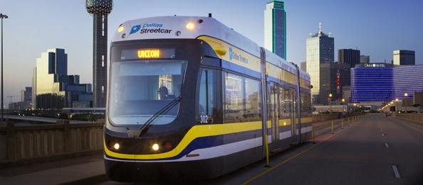 Na systému v Dallasu slouží nyní 4 vozy Liberty. (zdroj: Brookville Equipment Corporation)