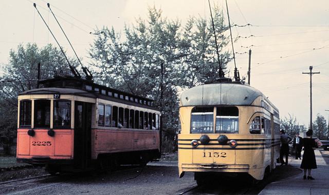 Dvoupólové sběrače elektrického proudu dodávaly tramvajím velmi zajímavý vzhled. (zdroj: Wikipedia.org)